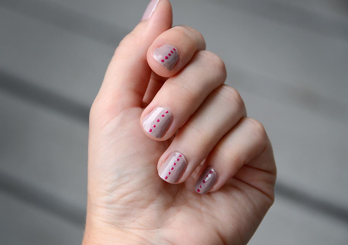 3 simple diy nail art designs nail art polka dots 3 prinsesfo Image collections