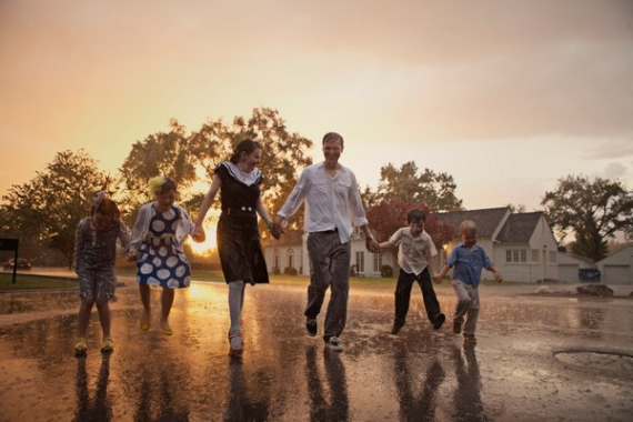 Rain family photoshoots