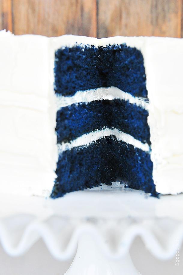 Blue velvet cake recipe cake dsc 9700
