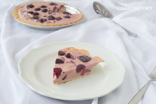 Cherry frozen yogurt pie