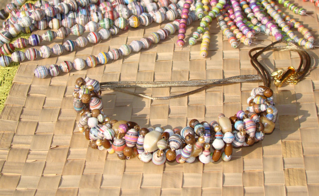 Down to earth paper bead necklacejpg