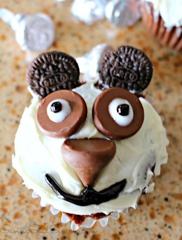 Easy panda cupcakes1
