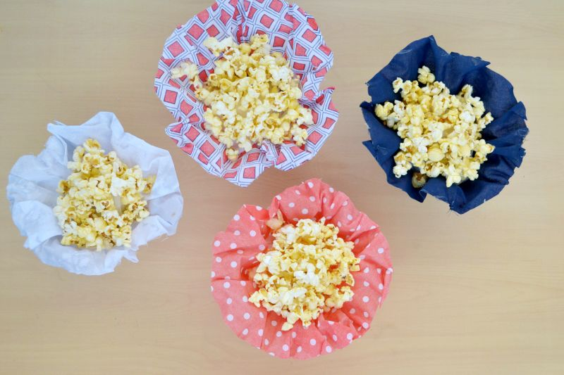 Fabric snack cups enjoy movie