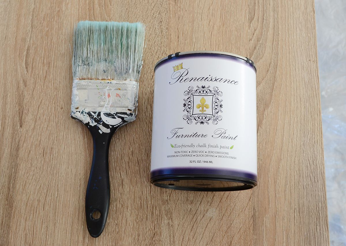 How to paint furniture with chalk paint supplies