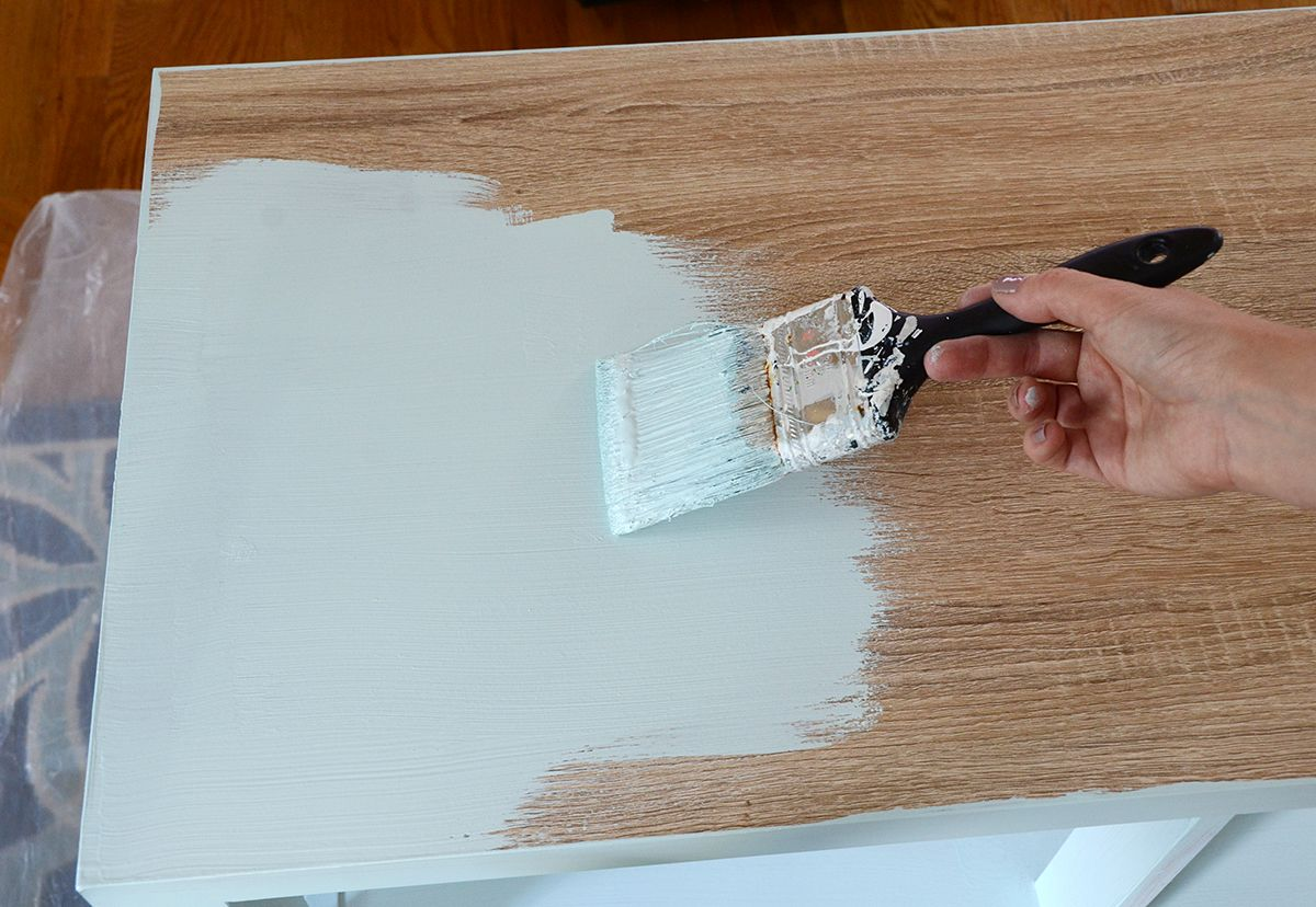 How to paint furniture with chalk paint first coat