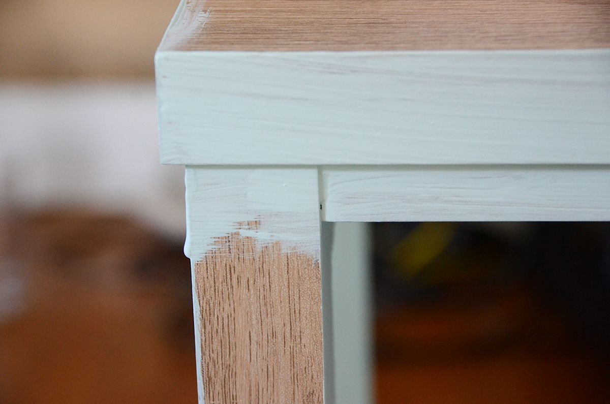 How to paint furniture with chalk paint legs