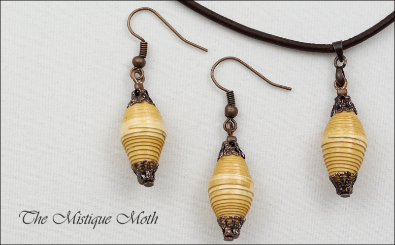 Paper bead necklace and dangling earring setjpg