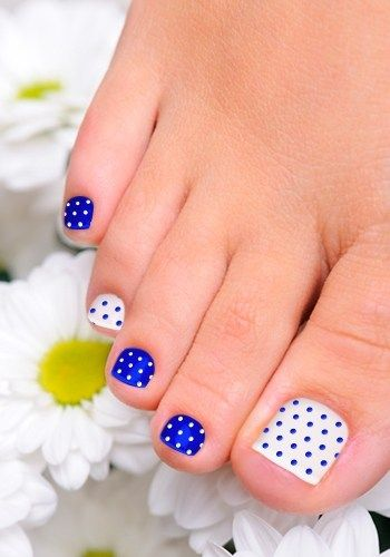 Pedicures just got better with these 50 cute toe nail designs polka dot toe nail design prinsesfo Gallery