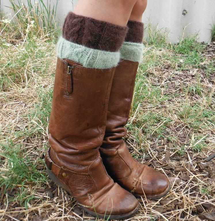 Twivey double boot cuffs
