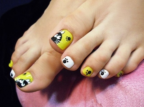 Animal theme toe nail art