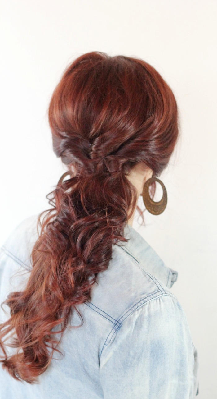 Curly easy twisted ponytail