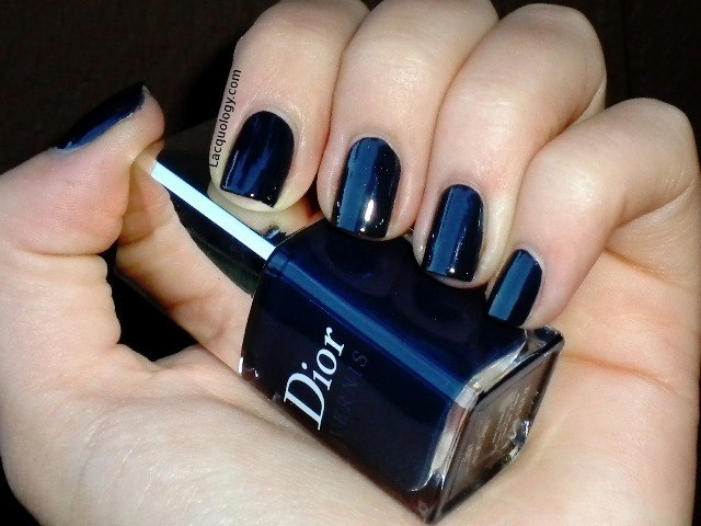 Dior blue label swatch