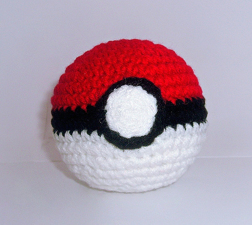 Diy pokeball crochet