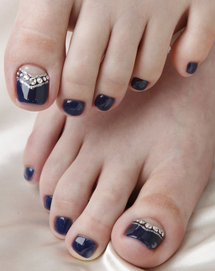 Drak blue pedi with crystals11