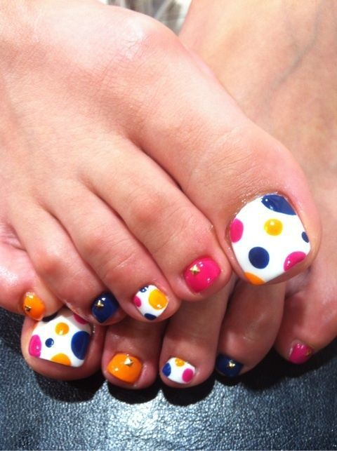 Pedicures just got better with these 50 cute toe nail designs easy diy colorful dots pedicure solutioingenieria Choice Image