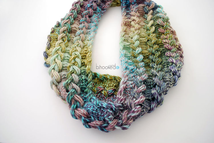 Hairpin crochet infinity scarf
