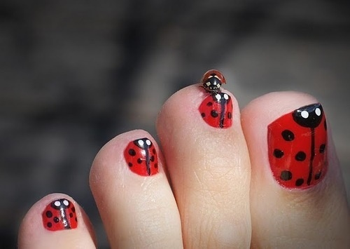Pedicures just got better with these 50 cute toe nail designs ladybug toe nails prinsesfo Choice Image