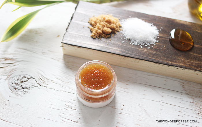 Lip scrub diy