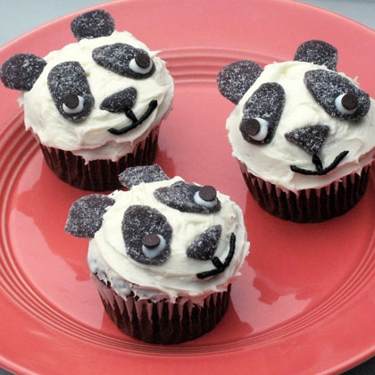Panda bear cupcakes recipe photo 420x420 cl 003