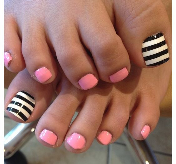 Stripes and solid toe nail design - Pedicures Just Got Better With These 50 Cute Toe Nail Designs!