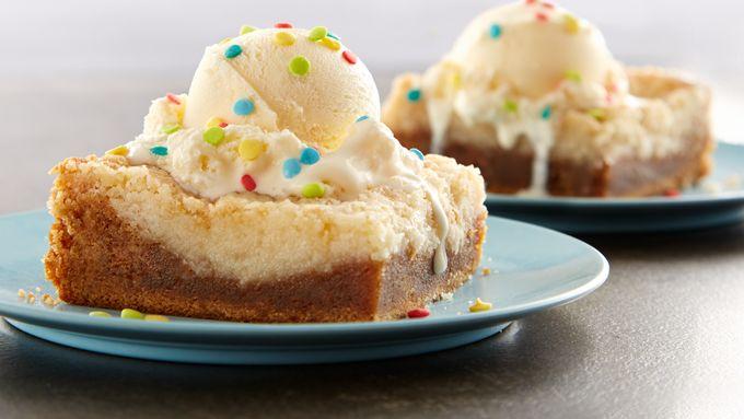 Sugar cookie dump cake