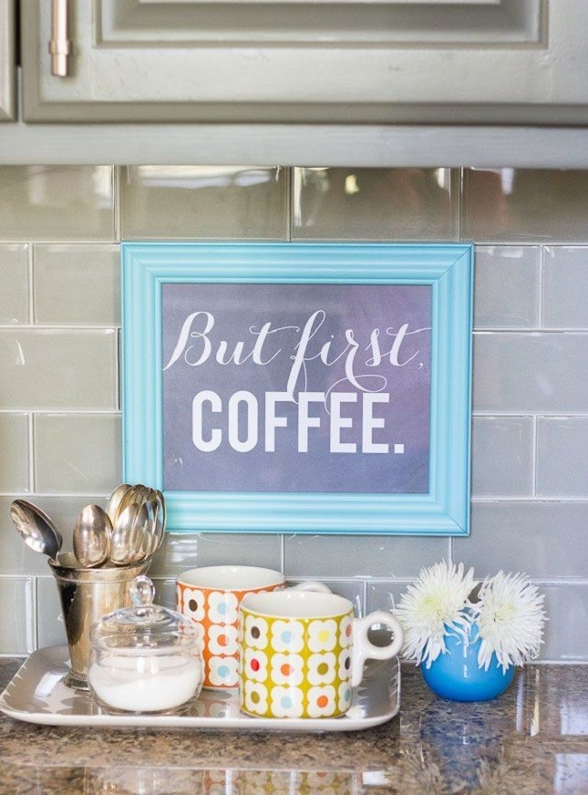 Tray coffee mug storage