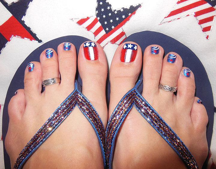 Pedicures just got better with these 50 cute toe nail designs usa toe nail designs prinsesfo Image collections