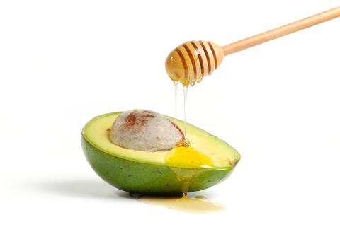 Avocado and honey bathtime face mask