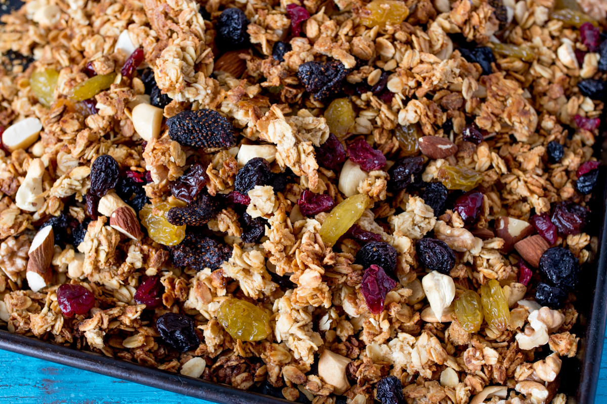 Berry nut granola - with lots of lovely clusters!