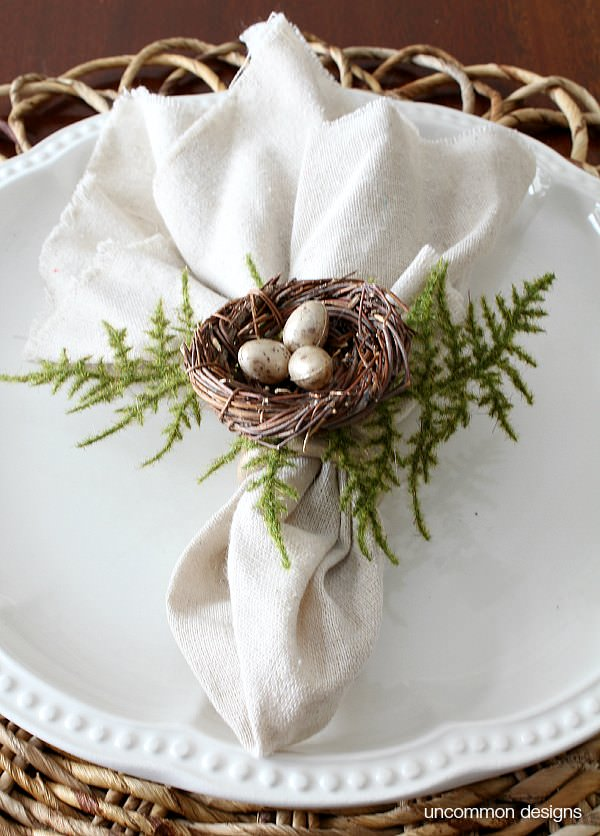 Bird's nest napkin rings
