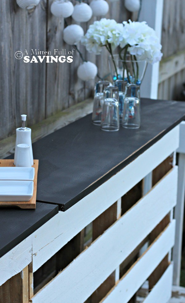 pallets into furniture. Diy Patio Bar Out Of Wood Pallets Into Furniture