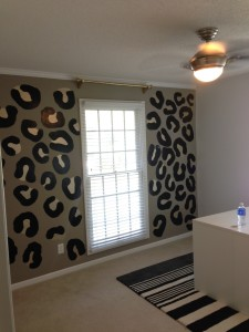 Diy leopard print wall painting