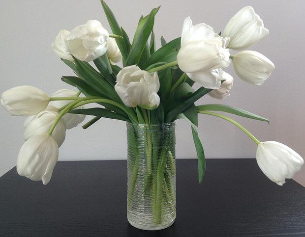 Glue spun flower vase