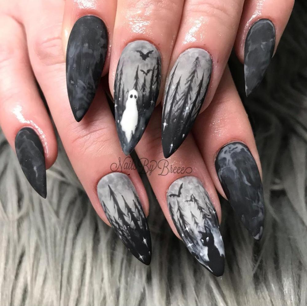 Haunted forest black nail ideas