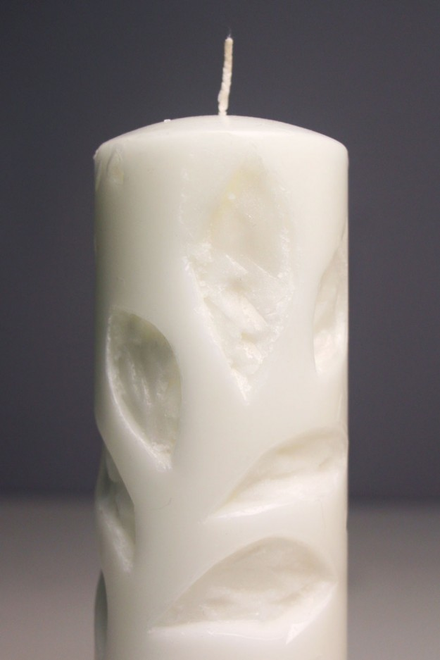 Leaf etched candles