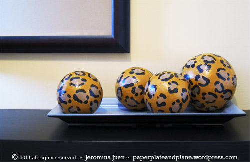 Leopard sphere decor