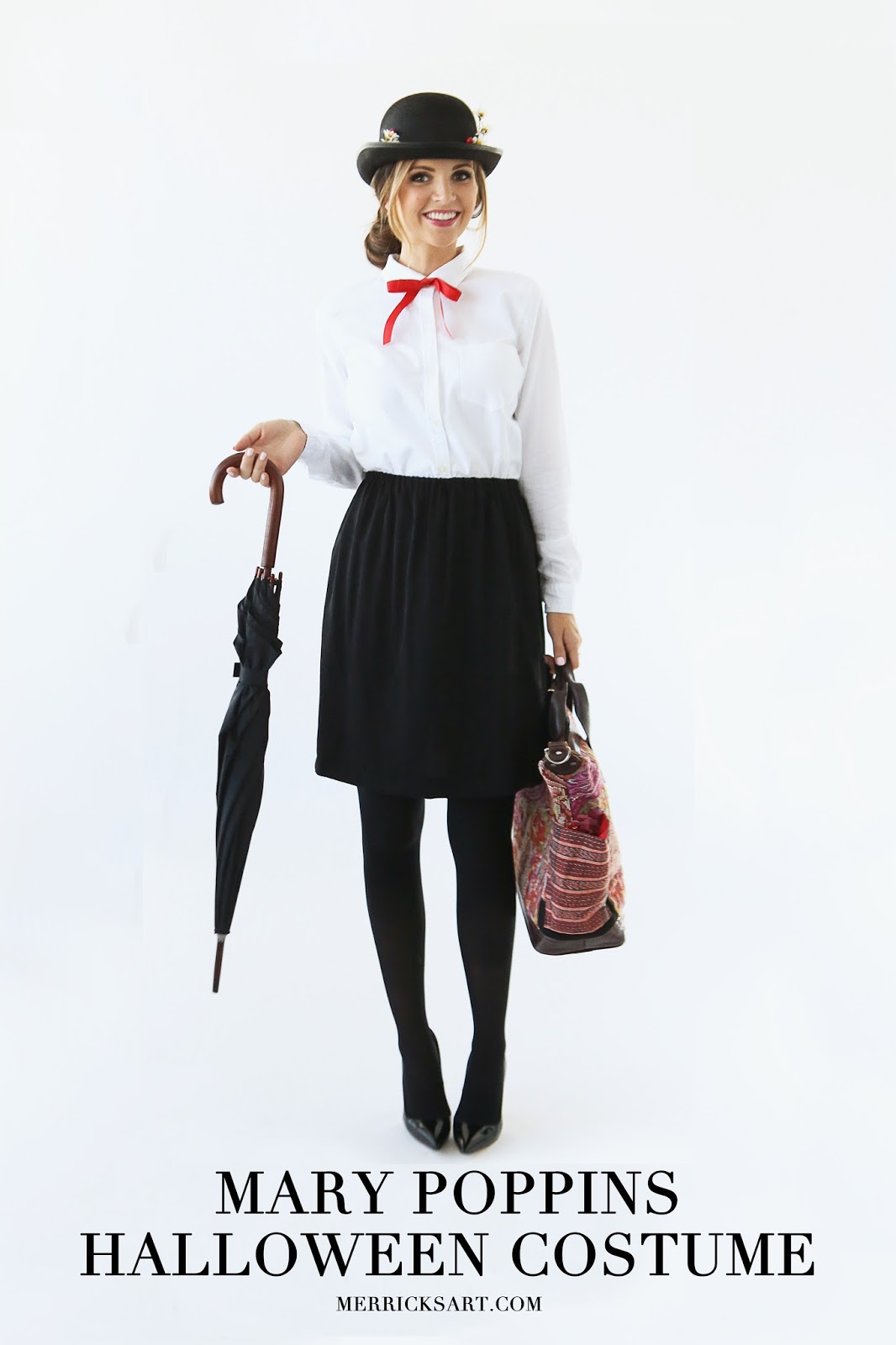 19. Mary Poppins. Mary poppins halloween costume  sc 1 st  DIYS.com & 25 Easy Halloween Costumes