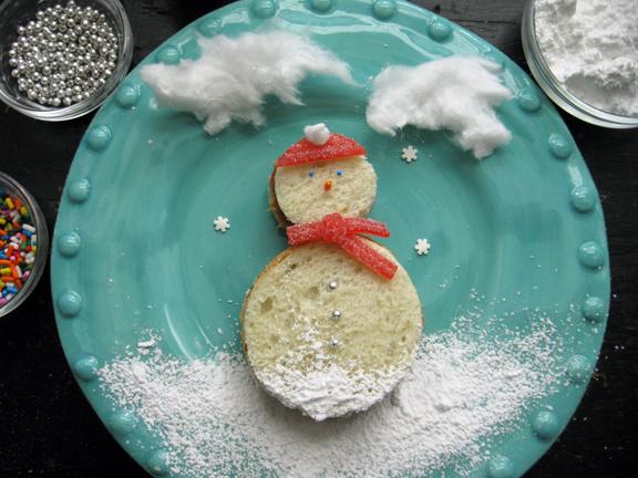 Pbj snowman sandwiches