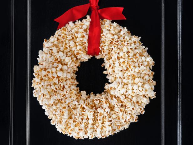 Popcorn door wreath