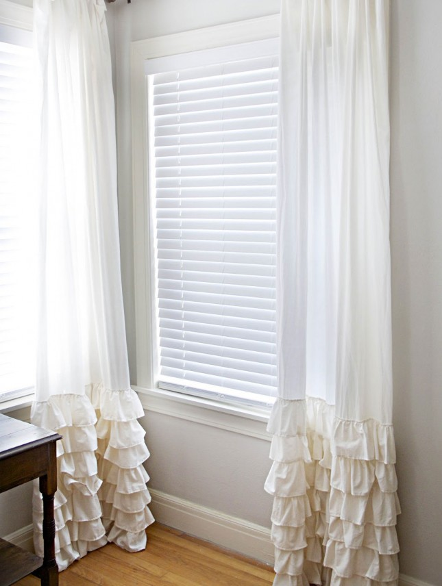 Ruffled bottomed curtains