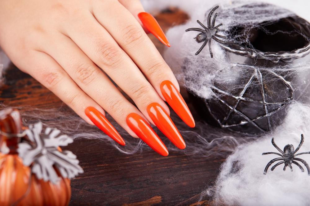 Simple orange sassy nails