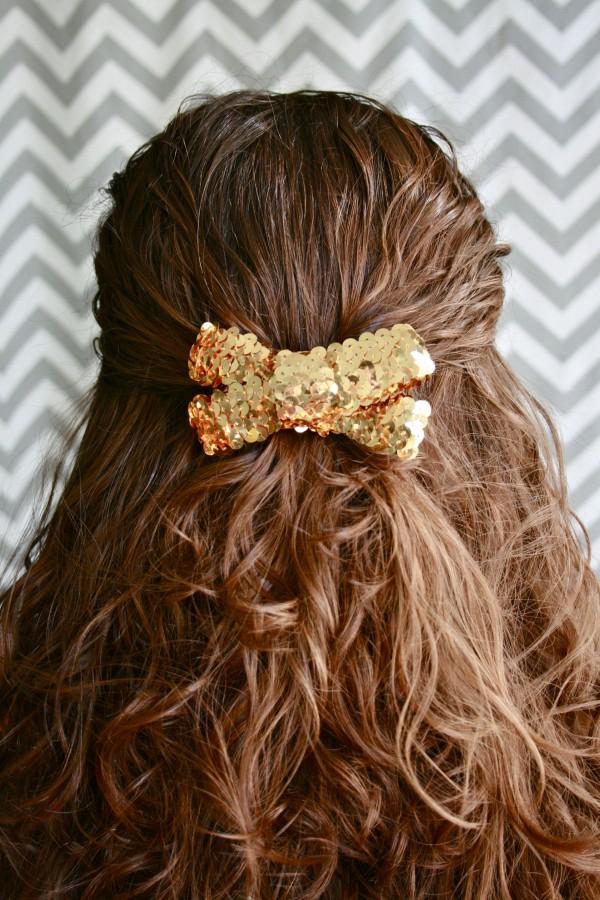 Simple sequin hair bow