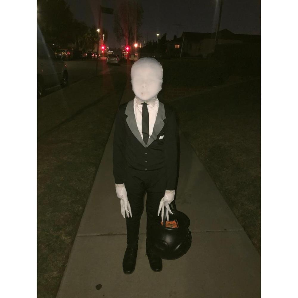 Slender man easy halloween costumes for guys