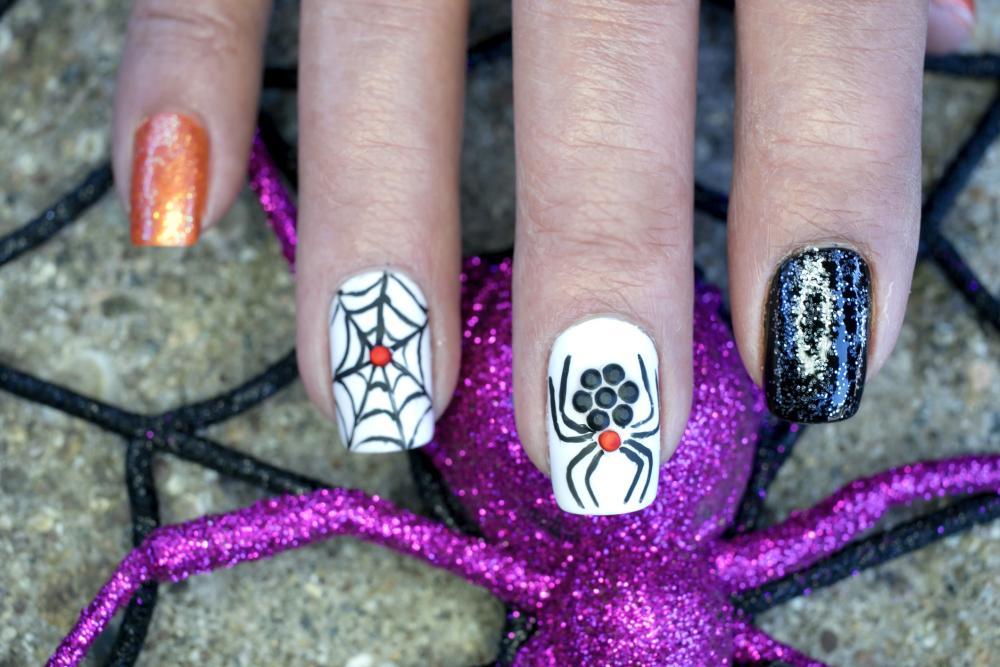 Spider & spider web halloween themed nails