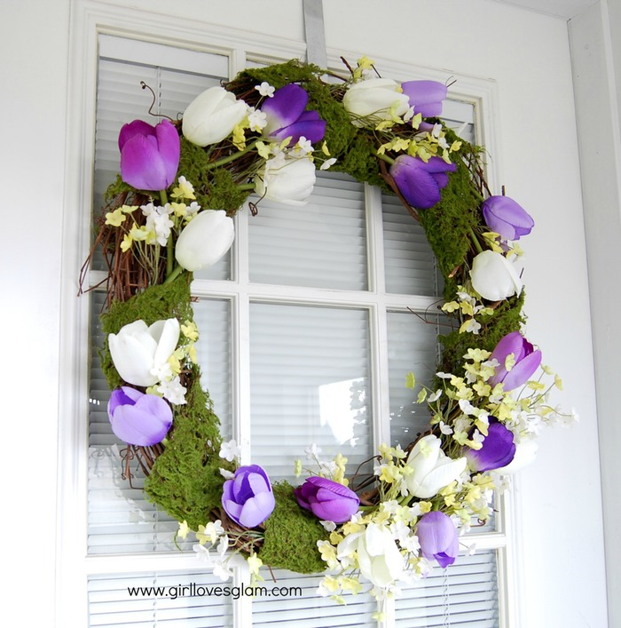 Spring tulip and moss wreath