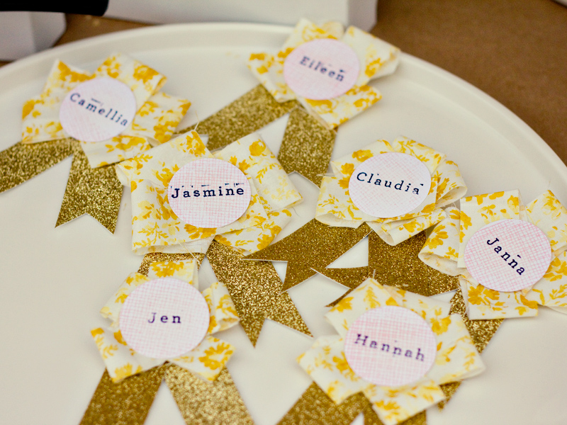 Stamped glitter paper tags
