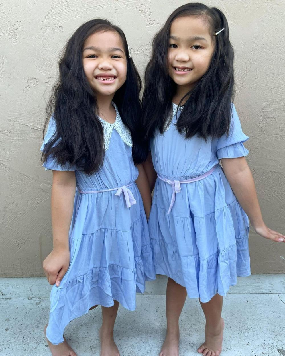 The shining twins easy halloween costumes for girls