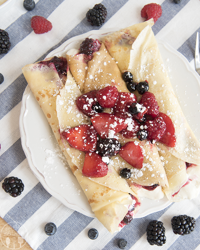 Berries and cream crepes 5