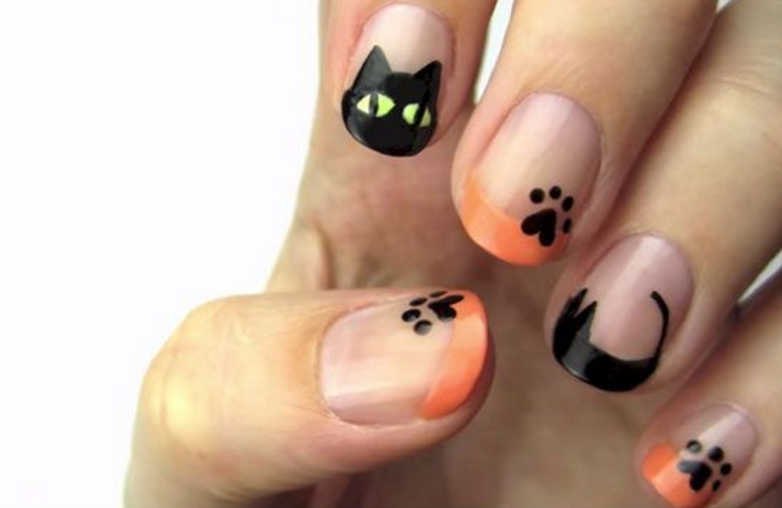 Black cat diy manicure