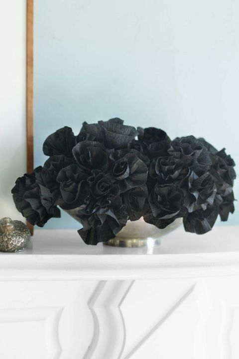 Black flower diy